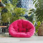 różówy futon