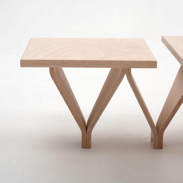 stolik japoński drewnainy