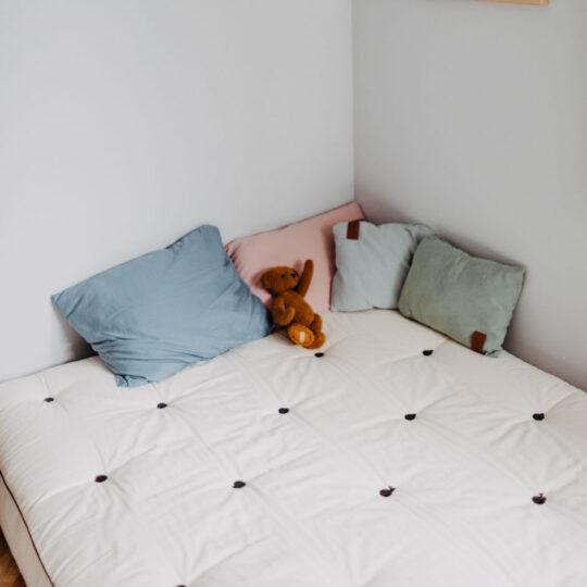 futon naturalny